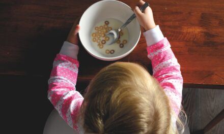 My child only eats Cheerios and Puffs: When to seek medical help